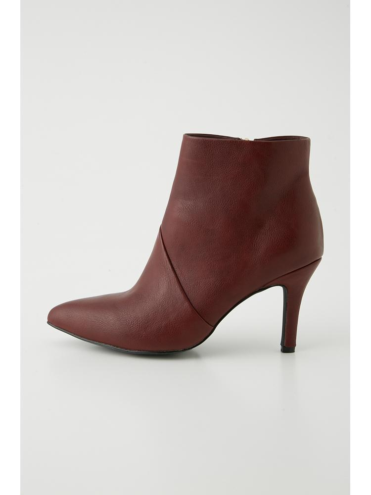 F leather slanting booties